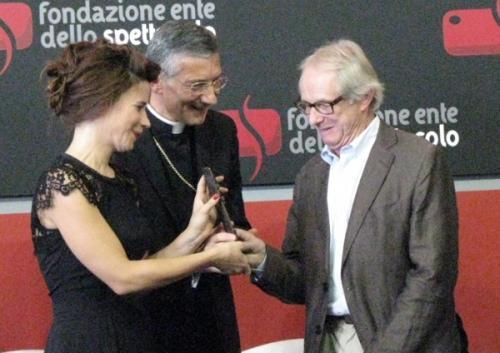 v12 Ken Loach riceve il premio Bresson